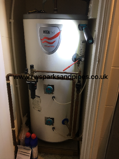 Unvented Cylinder  service and recharge of cylinder