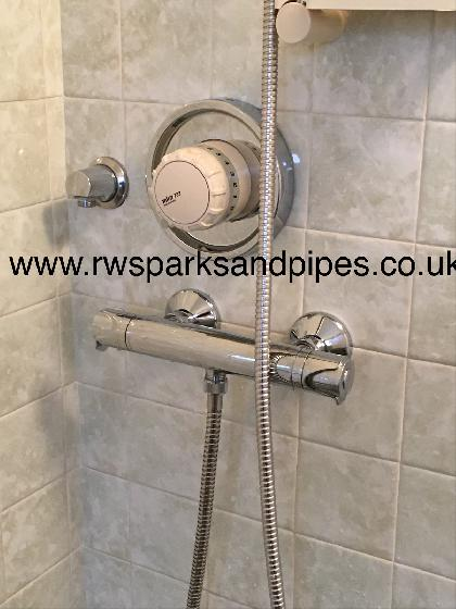 NEW BAR TYPE MIXER SHOWER FITTED TODAY